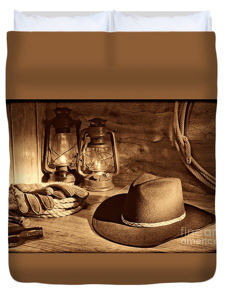 Cowboy Hat And Kerosene Lanterns Duvet Cover