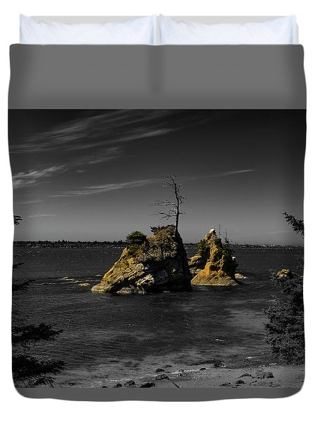 Crab Rock Duvet Cover