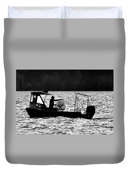 Crabbing On The Pamlico Duvet Cover