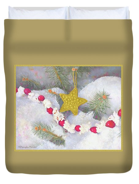 Duvet Cover featuring the painting Cranberry Garland With Gold Christmas Star by Nancy Lee Moran