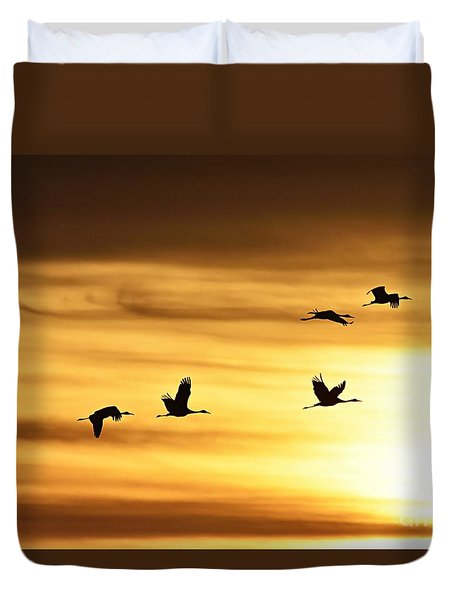 Duvet Cover featuring the photograph Cranes At Sunrise 2 by Larry Ricker