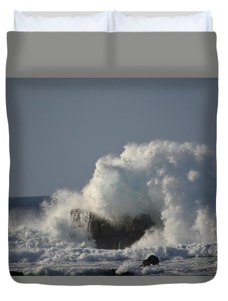 Crashing Ocean Wave Duvet Cover by Cathy Procida