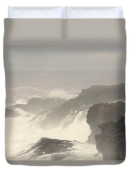 Crashing Waves Duvet Cover by Angi Parks