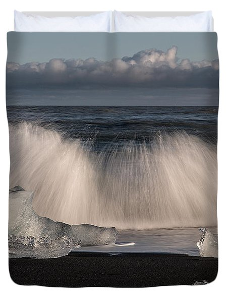 Crashing Waves Duvet Cover