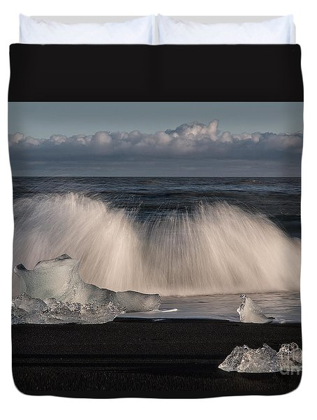 Crashing Waves Duvet Cover