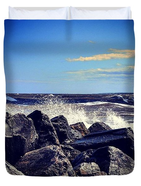 Crashing Waves Duvet Cover by Richard Atkin