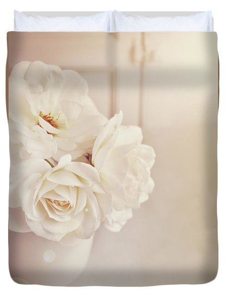 Cream Roses In Vase Duvet Cover
