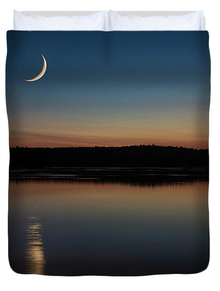 Crescent Moon Set At Lake Chesdin Duvet Cover
