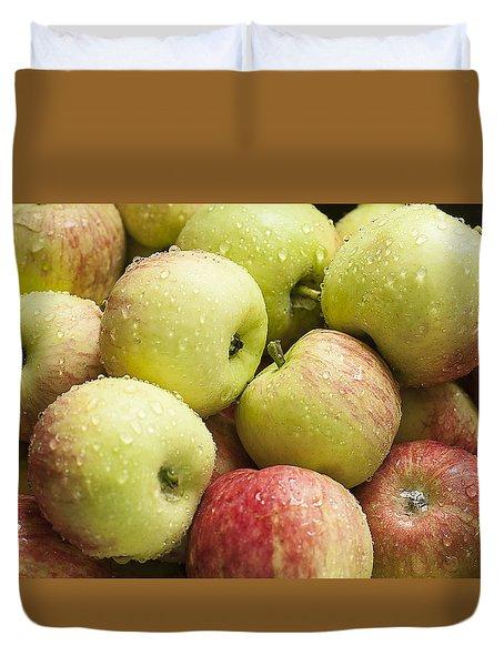 Crisp Wild Apples Duvet Cover