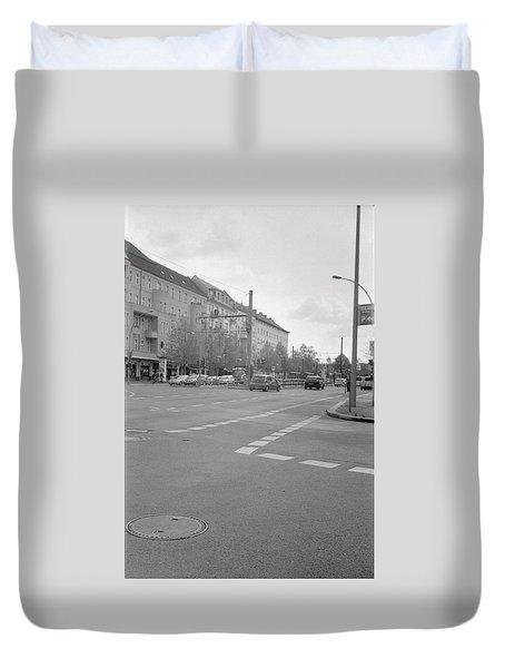 Crossroads In Prenzlauer Berg Duvet Cover