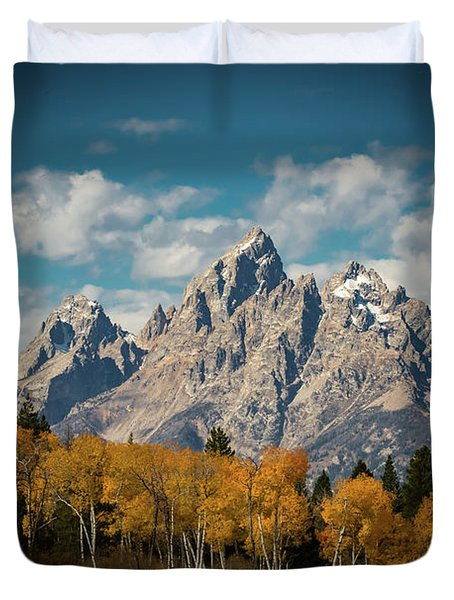Crown For Tetons Duvet Cover