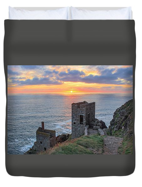 Crown Mines At Botallack  Duvet Cover