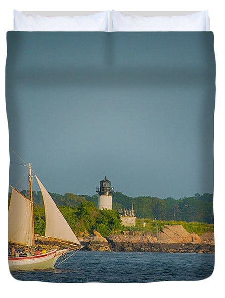 Cruise At Sunset Duvet Cover
