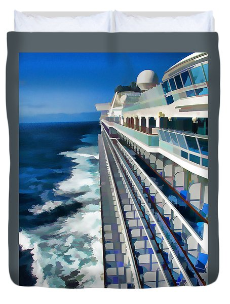 Duvet Cover featuring the photograph Cruising by Dennis Cox WorldViews