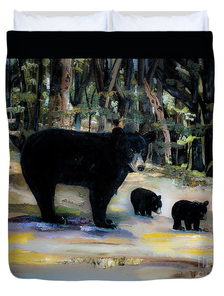 Cubs With Momma Bear - Dreamy Version - Black Bears Duvet Cover