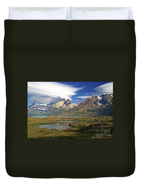 Cuernos Del Pain And Almirante Nieto In Patagonia Duvet Cover