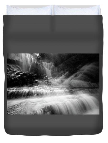 Cummins Falls In Black And White Duvet Cover