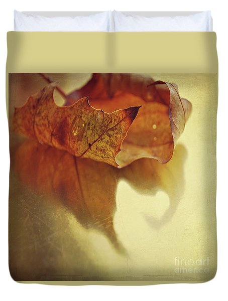 Curled Autumn Leaf Duvet Cover by Lyn Randle