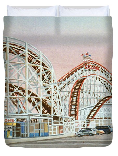 Cyclone Rollercoaster In Coney Island New York Duvet Cover