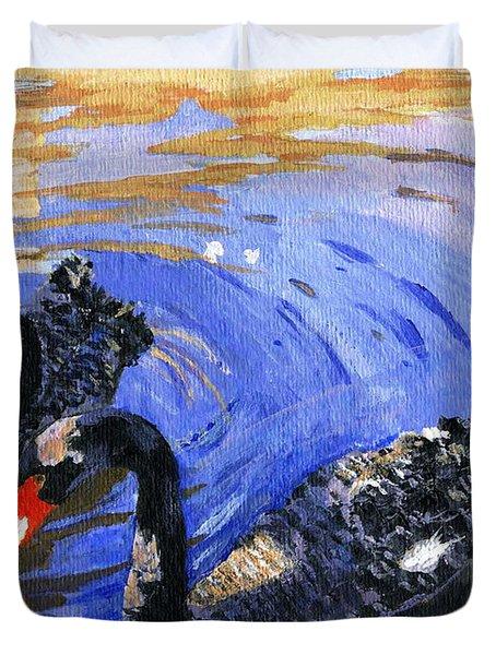Cygnus Atratus Duvet Cover by Lynne Reichhart