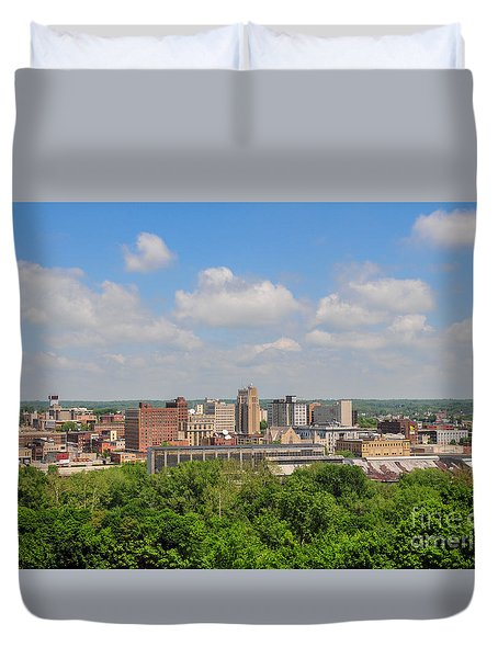 D39u118 Youngstown, Ohio Skyline Photo Duvet Cover