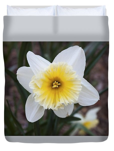 Duvet Cover featuring the photograph Daffodil At Black Creek by Jeff Severson