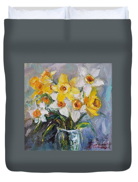 Daffodil In Spring  Duvet Cover