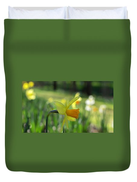Daffodil Side Profile Duvet Cover