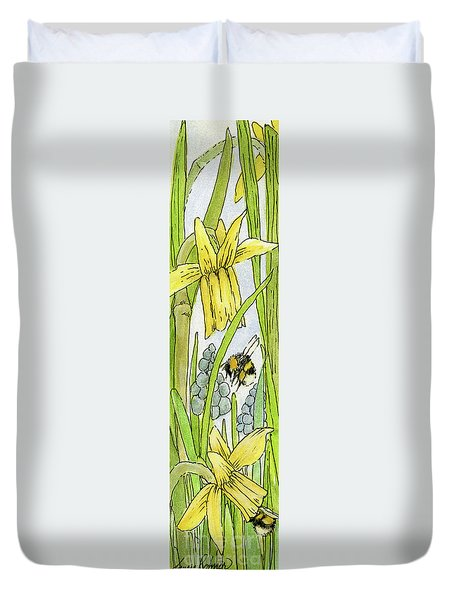 Daffodils And Bees Duvet Cover