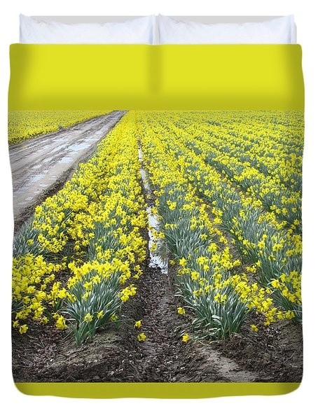 Daffodils In The Mud Duvet Cover