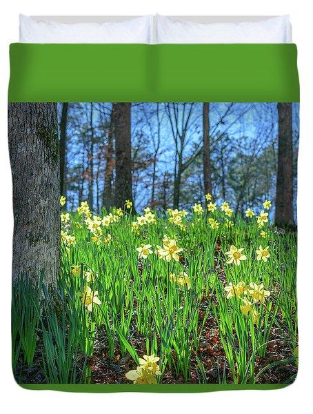Daffodils On Hillside 2 Duvet Cover