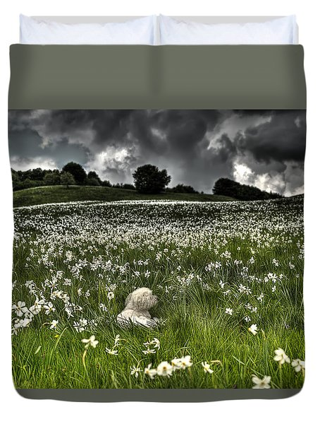 Daffodils White Blossoming With Little White Lilly 7 Duvet Cover