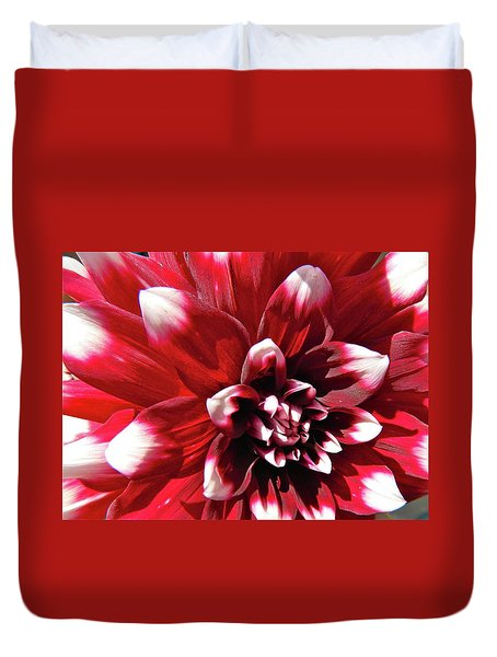 Dahlia Defined Duvet Cover
