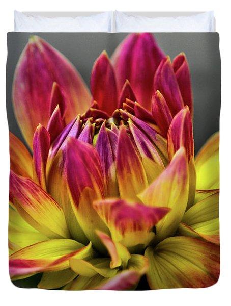 Dahlia Flame Duvet Cover