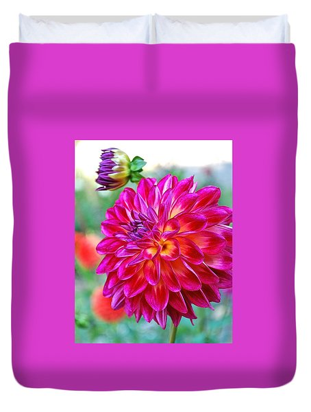 Dahlia Fuchsia Surprise  Duvet Cover