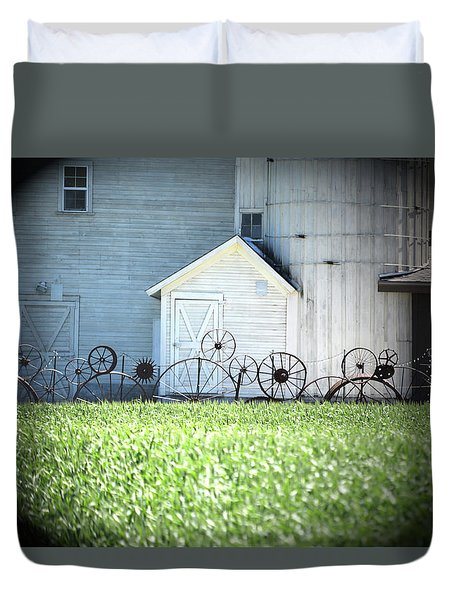 Duvet Cover featuring the photograph Dahmen Barn Near Uniontown by Anne Mott