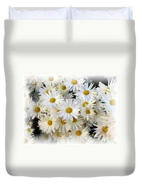 Daisy Bouquet Duvet Cover by Carol Sweetwood