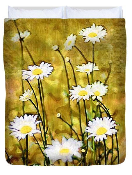 Duvet Cover featuring the photograph Daisy Field by Donna Bentley