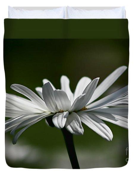 Daisy Duvet Cover by Teresa Zieba