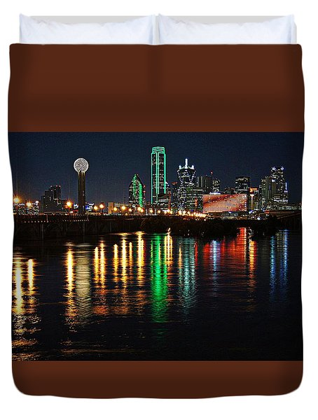 Duvet Cover featuring the photograph Dallas At Night by Kathy Churchman