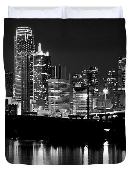 Dallas Nights Bw 6816 Duvet Cover
