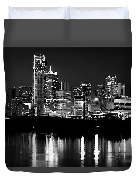 Dallas Nights Bw 6816 Duvet Cover