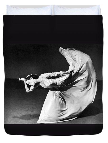 Dancer Martha Graham Duvet Cover