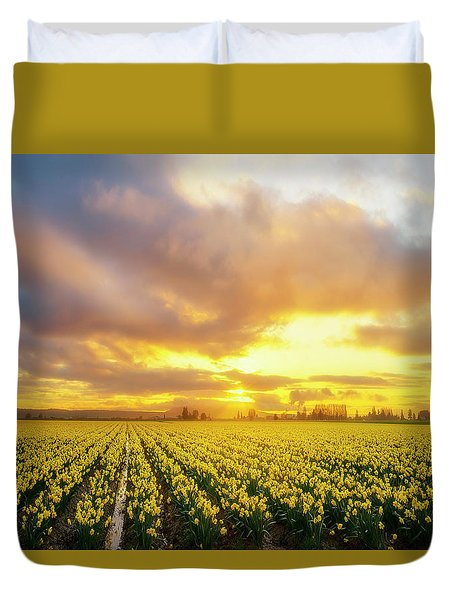 Dances With The Daffodils Duvet Cover by Ryan Manuel