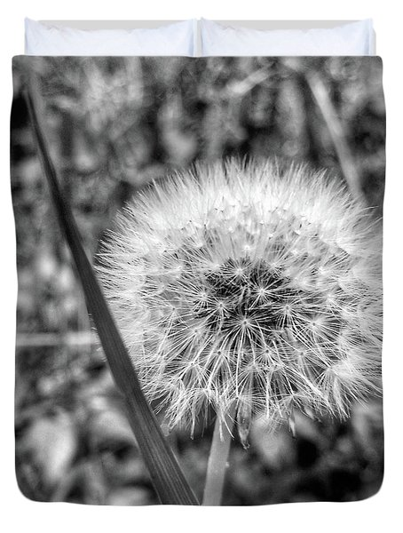 Duvet Cover featuring the photograph Dandelion by Al Harden