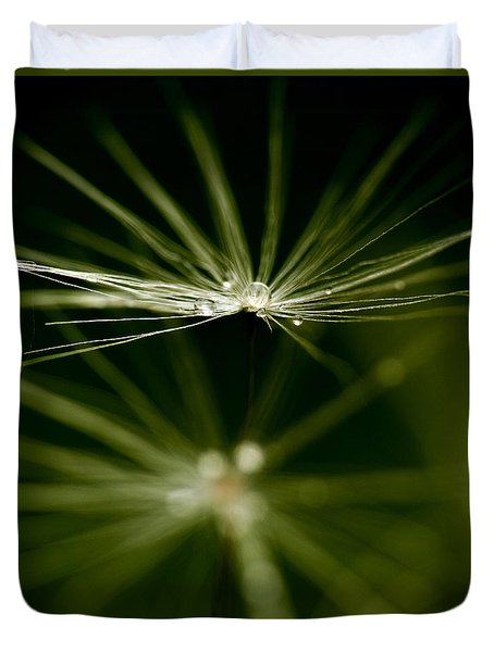 Dandelion Flower With Water Drops  Duvet Cover