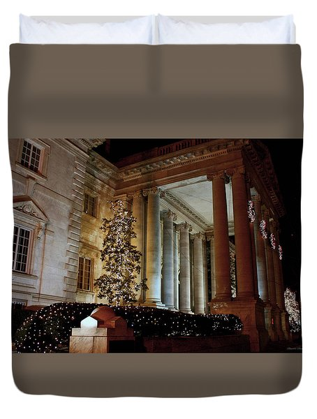 Dar Memorial Continental Hall Duvet Cover