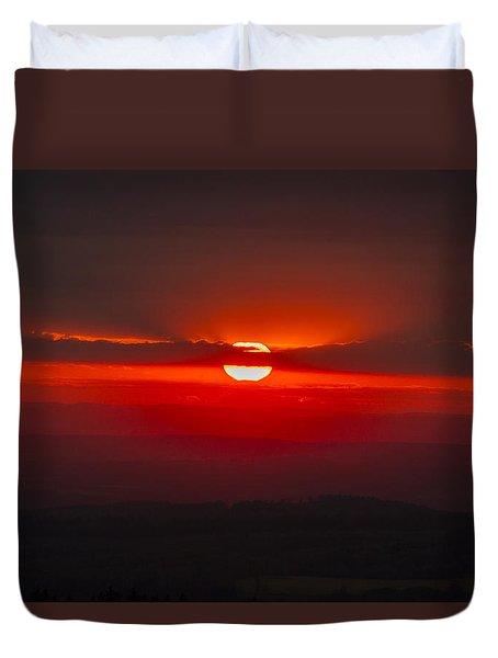 Dark Red Sun In Vogelsberg Duvet Cover