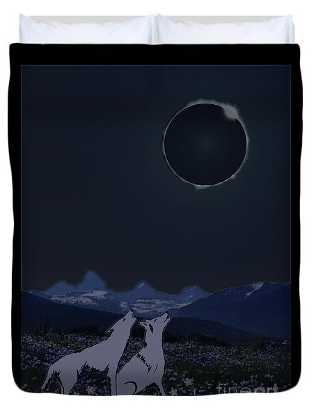 Dark Sky Eclipse Flare Duvet Cover