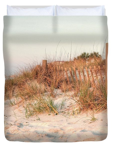 Dawn At 82nd Duvet Cover
